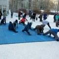 Утреннюю зарядку с тренером организовали в Люберцах