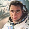 Космонавт Георгий Гречко приехал в Лыткарино на «Зеркалиум»