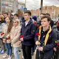 Глава Люберец возложил цветы к памятнику Гагарину